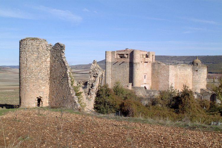Palazuelos. Castillo y Murallas